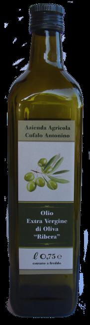 Bottiglia di Olio Extra Vergine di Oliva di categoria superiore.